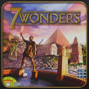 7 Wonders uno de los juegos de mesa más galardonados, parte del catálogo de Asmodee