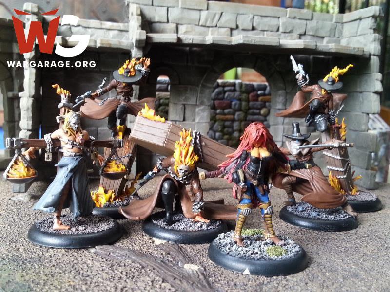 Escuadra del juego de escaramuzas Steampunk y de terror gótico Malifaux
