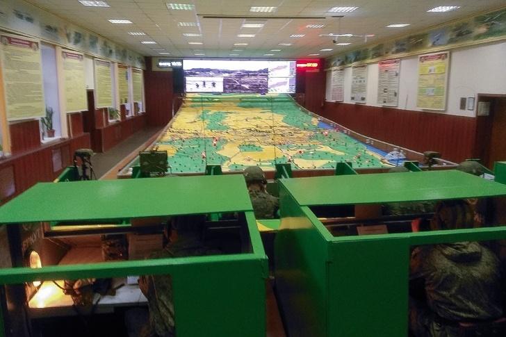 Rusia entrenamiento con wargames vista desde puesto de comando